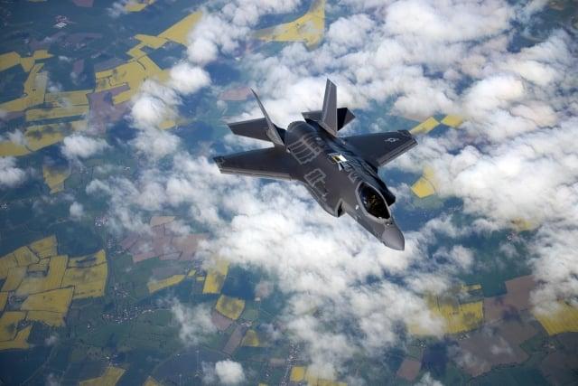 將F-35裝備成擁有核武器的戰機,能夠為美軍提供更廣泛的精確核攻擊選項。(AFP PHOTO/US AIR FORCE/CHRISTINE GROENING)