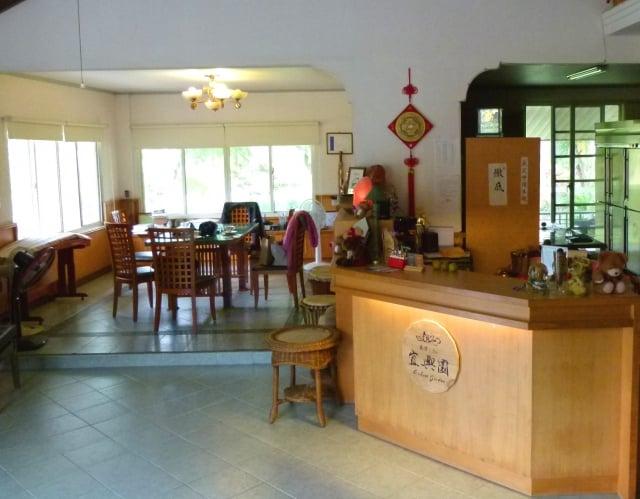宜興園客廳一角,就是主人和客人交流如何寫好字的課堂。