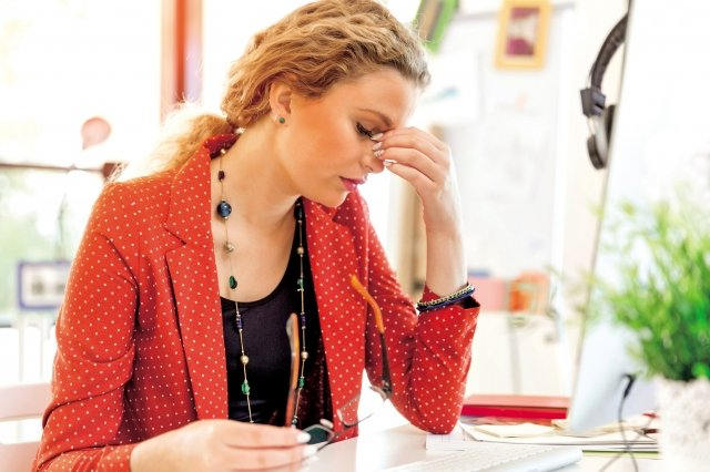 調整飲食來補充營養,並避免吃可能增加壓力感的食物。(Fotolia)