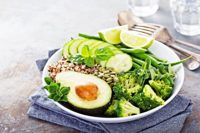 綠葉蔬菜則富含葉酸,有助於身體產生調節情緒的神經遞質,包括羥色胺和多巴胺。(Fotolia)