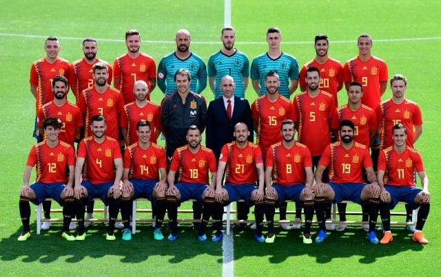 公平競賽獎由西班牙隊獲得。(JAVIER SORIANO/AFP/Getty Images)