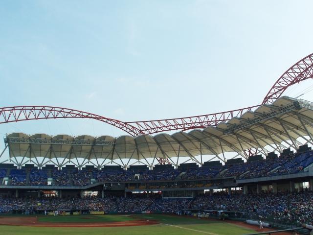 首屆東亞青年運動會(EAYG)原預計2019年8月在台中舉辦,但中共施壓東亞奧林匹克委員會(EAOC),以致EAOC在24日召開臨時會,取消台中市的主辦權。圖為台中洲際棒球場。(Xc53/維基百科公有領域)