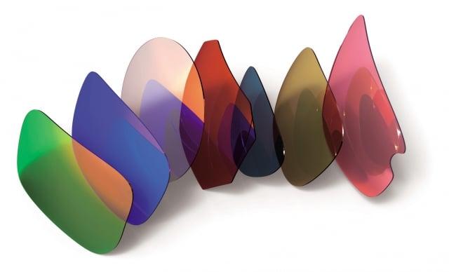 太陽眼鏡需要選擇「UV400」,即可以過濾400nm以下的紫外線。(Fotolia)