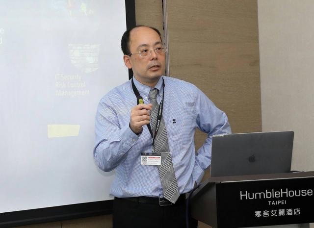 F5公司台灣區資深技術顧問許力仁認為,一開始就避免留下安全漏洞,是資安防護的最好方法。(F5 Labs提供)