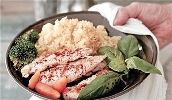 【地中海美味】炙燒雞肉配薑黃飯