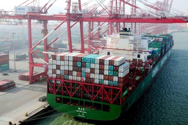 美方從24日凌晨零時(台灣時間24日中午12時)起,對價值2千億美元的中國大陸進口商品加徵10%關稅。圖為示意圖。(STR / AFP)