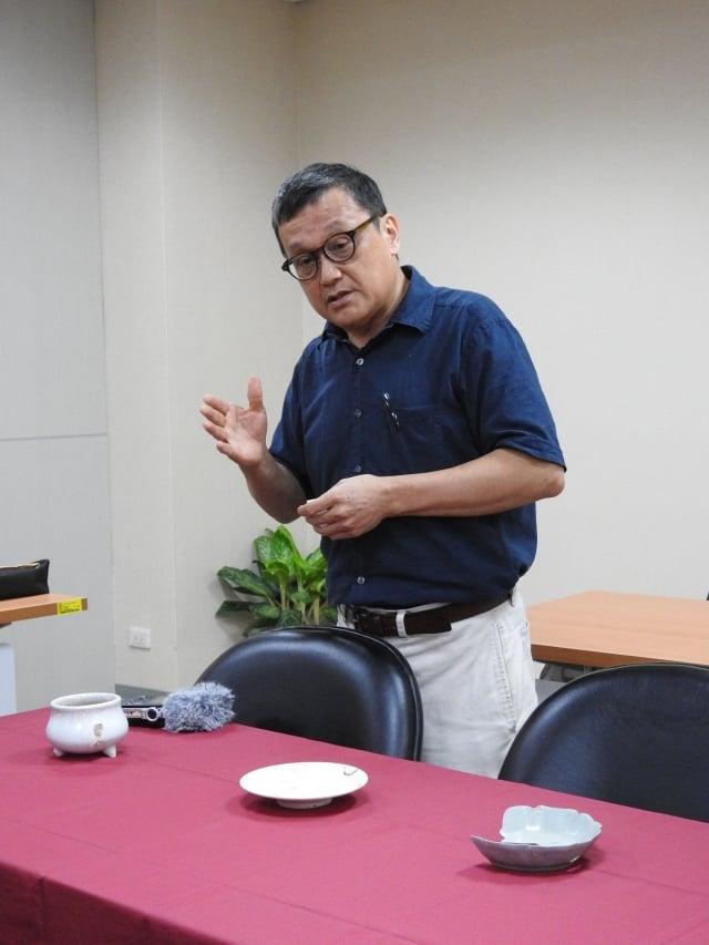 台灣大學藝術史研究所教授謝明良發現,「開片」工法可能是源於宋代且流行於明代。(科技部提供)