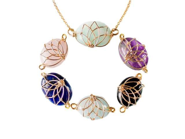 雲坊創始人田甜設計的珠寶——「純淨之蓮」。(田甜提供)