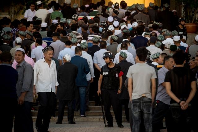 美國副總統彭斯說,在宗教自由方面,新的迫害浪潮正在打擊中國基督徒、佛教徒和穆斯林。圖為中國新疆。( JOHANNES EISELE/AFP/Getty Images)