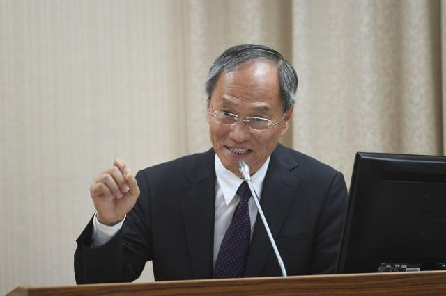 僑委會委員長吳新興11日在立法院表示,中共對我國海外僑胞統戰工作40年來從未停止。(中央社)