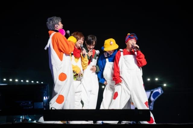 2018年10月13日及14日,韓國第一代偶像男團「H.O.T」重聚舞臺,舉辦「2018 Forever High-five Of Teenagers」演唱會。(大紀元資料室)