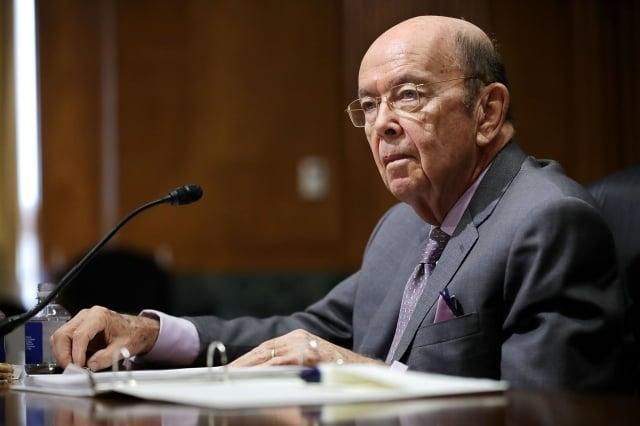 美國商務部長羅斯在聲明中說,當外國公司從事違反我們國家安全利益的活動時,我們將採取有力措施保護我們的國家安全。(Chip Somodevilla/Getty Images))