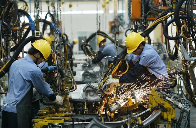 中共希望到2025年,在新能源汽車方面,滿足國內90%的需求。(China Photos/Getty Images)