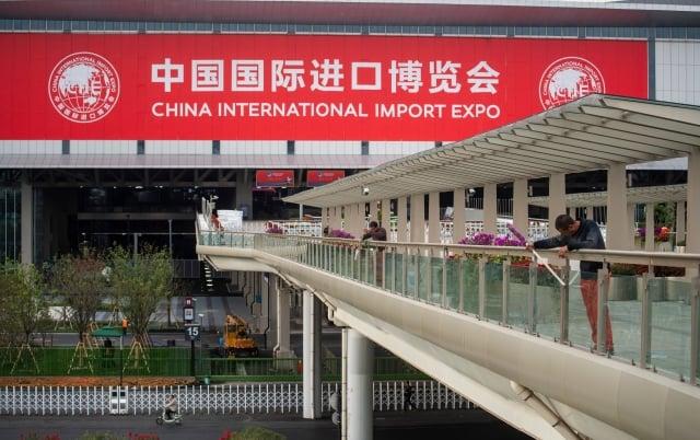 中共試圖透過中國國際進口博覽會來平息外界對其「開放經濟」的質疑聲浪。(JOHANNES EISELE/AFP/Getty Images)
