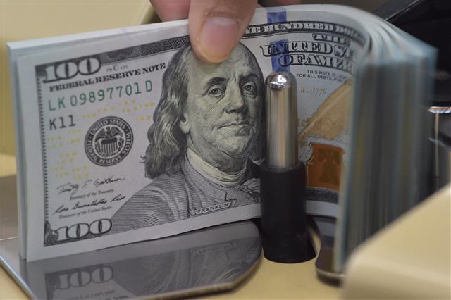 尼加拉瓜當局決定發行公債拯救經濟,當地媒體報導,台灣將以2.8億美元購買這筆公債,外交部6日澄清,這是假消息。(ADEK BERRY/AFP/Getty Images)