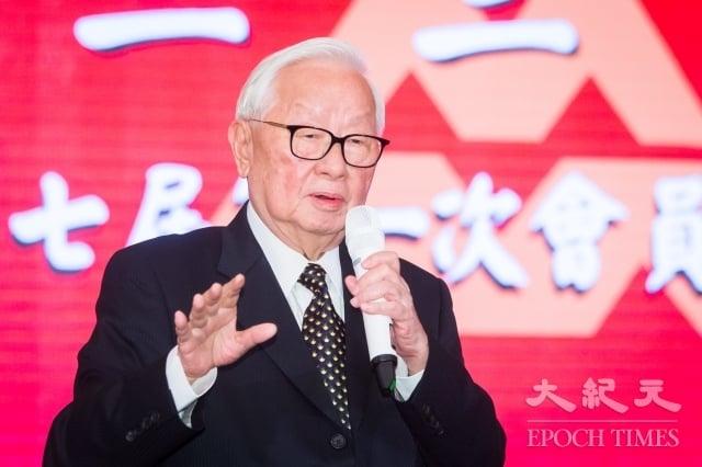 亞太經濟合作(APEC)經濟領袖會議即將在11月12日登場,對於是否安排中華民國領袖代表張忠謀(圖)與美中領袖會談,外交部7日表示將盡量爭取。(記者陳柏州/攝影)