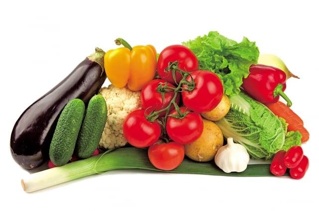 依個人體質適時地食用蔬果。(Fotolia)