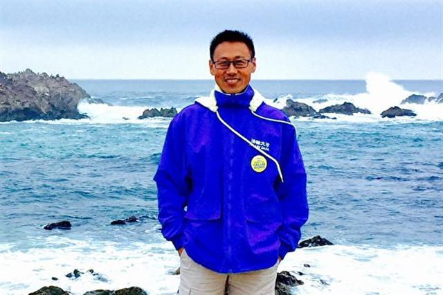 金明鋒來自中國大陸服裝名城──大連,是個年年召開自己品牌時裝發布會的設計師(金明鋒提供)