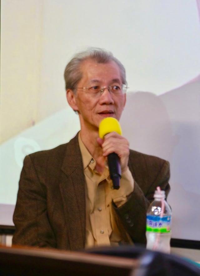 台大政治系教授明居正悲痛的說,「真是點誰,誰就得死。」(記者蘇蓉蓉/攝影)