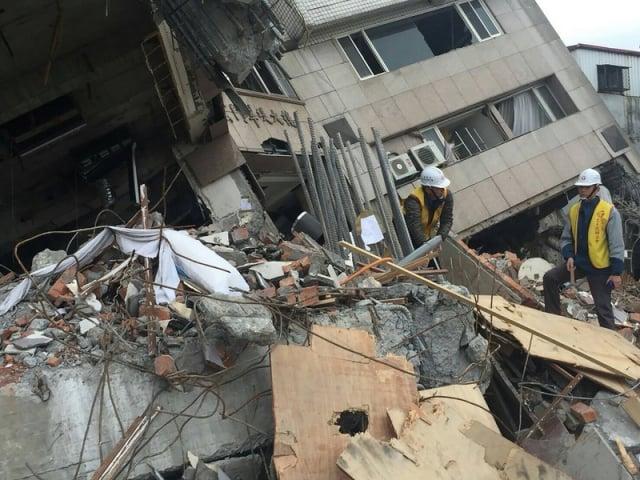 2月6日深夜花蓮出現規模6.0的地震,花蓮市震度高達7級,共釀成17人死亡。(中央社)