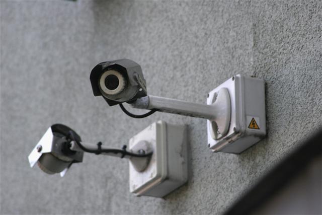 立委爆料,指台銀國內31個分行的數位錄影設備是使用海康威視的系統。圖為示意圖。(Miles Willis/Getty Images)