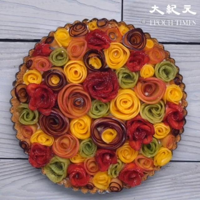 想吃甜食,又不想造成身體負擔,嘗試健康又能養顏美容的水果玫瑰塔。(攝影/大紀元)