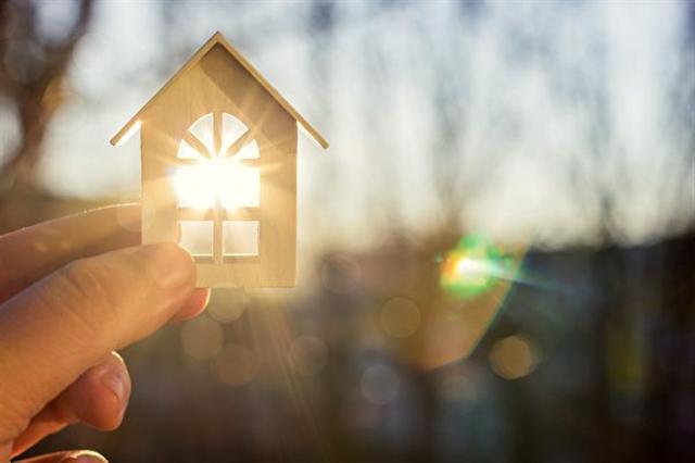 李蘭強曾經有個家。示意圖。(Natali_ Mis/Shutterstock)