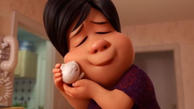 一個孤獨的中國移民,做的包子復活了,變成了包寶寶。(Pixar提供)