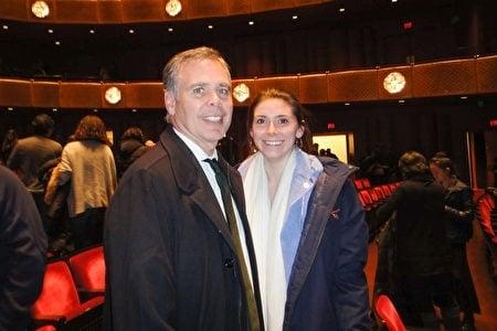 知名投資家Peter Scaturro先生表示,神韻明年再來紐約時,他還會帶著家人再來林肯中心觀賞。(記者滕冬育/攝影)