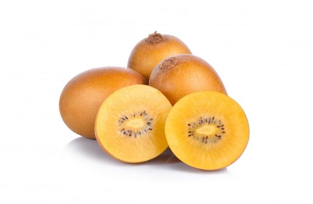 奇異果含有超過30種以上的營養素,包括維生素 A、C、E、鉀、鈣、鎂等,是攝取多種維生素、礦物質、膳食纖維的最佳來源。(123RF)