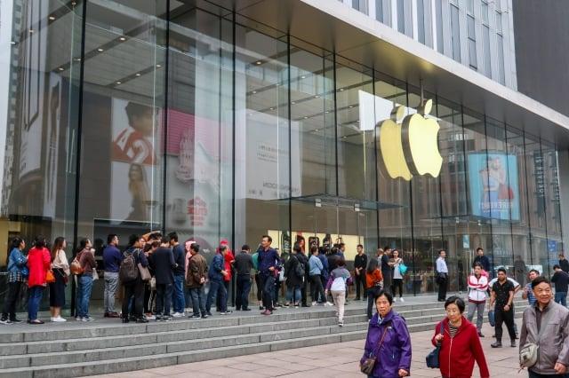 市場研究公司國際數據資訊(IDC)指出,iPhone去年第四季在中國大陸出貨量估計大減20%。圖為示意照。(AFP)