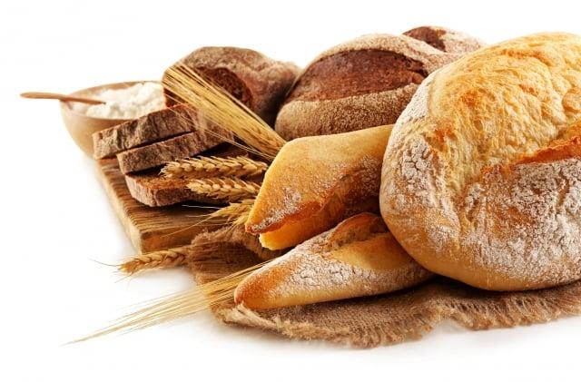 中科學官方微博刊文稱兒童長期吃麵包容易患癌,引發質疑。(Fotolia)