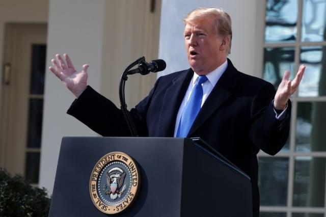 美國總統川普於2月15日在白宮宣布國家緊急狀態,為建造南部邊境牆籌措資金。( Alex Wong/Getty Images)