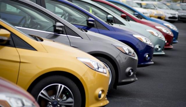 中國汽車工業協會公布,1月乘用車銷量按年跌17.71%;按月則降9.5%,創7年來最大跌幅。(Getty Images)
