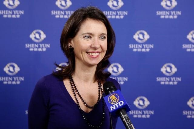 法國松鼠儲蓄銀行客服主管Delphine Fréval女士。(新唐人電視台)