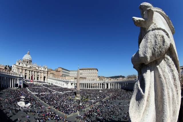 天主教在2月20日起4天,首次召開關於神職人員性虐待兒童的峰會。圖為梵蒂岡聖彼得廣場。(Getty Images)