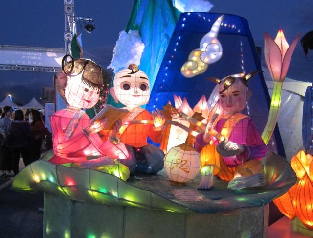 「仙童」花燈。