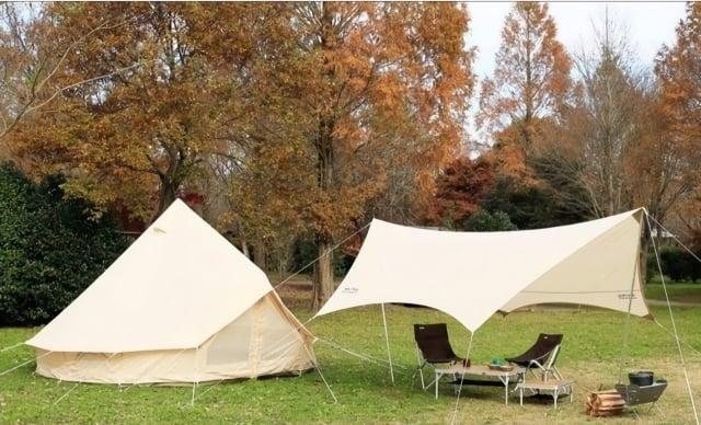 挑選快乾材質的帳篷,側邊多個通風口還能保持良好通風性。(業者提供)
