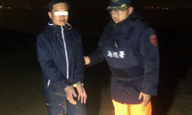 陳姓台商因故無法循正常管道回金門,18日晚間非法入境被逮。(第九岸巡隊提供)
