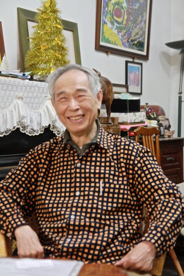 高齡85歲充滿喜樂的李喬。(記者許享富/攝影)