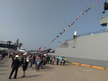 敦睦艦隊訪台中港 武昌艦吸睛度百分百