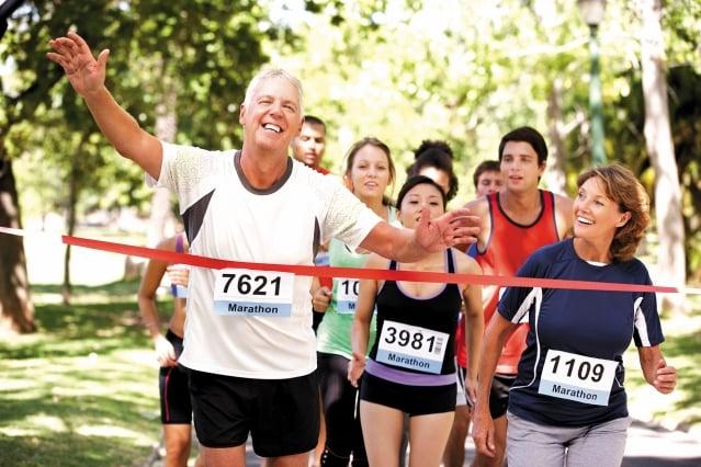 建議洗腎的腎友,可以選擇低強度的有氧運動來作,並增加適度的阻力運動。(123RF)