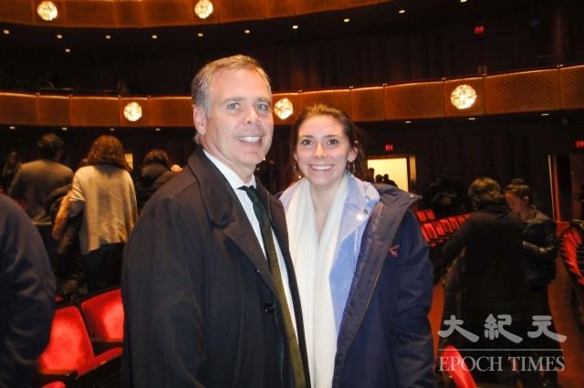 知名投資家Peter Scaturro先生表示,神韻明年再來紐約時,他還會帶著家人再來林肯中心觀賞。