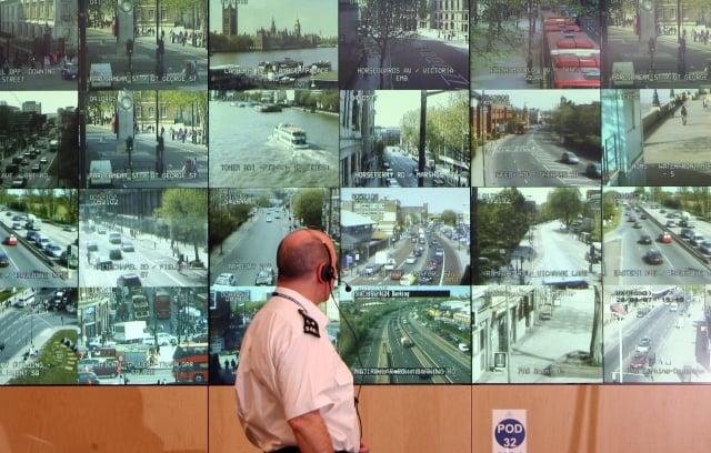 華為公司建置了巴國的監視系統,卻也偷裝了無線傳輸卡。示意圖。(Getty Images)