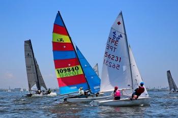 大鵬灣帆船賽235選手競技  奧運選手張浩參賽