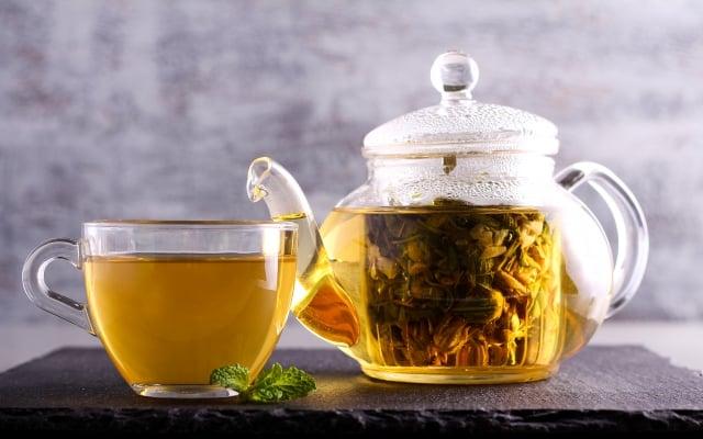 「甘玉茶」,是以古代安定心神的重要名方逍遙散加以變化。(shutterstock)