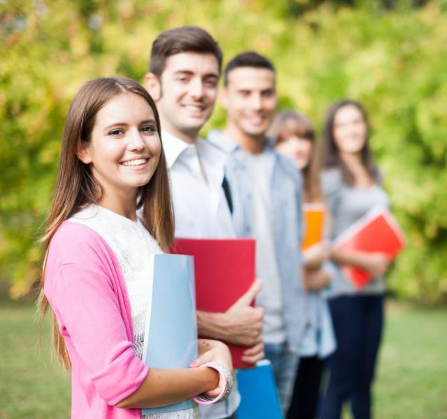 家長如何指導步入青春期的孩子走向獨立成熟,相信孩子,也要相信自己,這一目標打下了良好的基礎。(Fotolia)