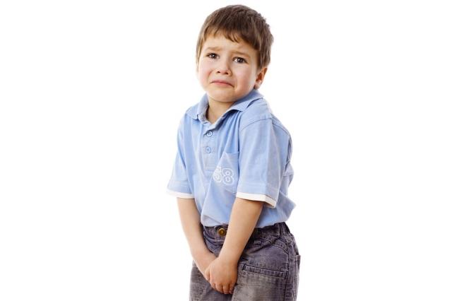 注意幼童生殖器的清潔與照護,不要穿過緊的內褲以保持通風。(Fotolia)