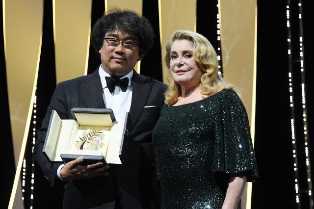 韓國名導奉俊昊(左)。(Getty Images)
