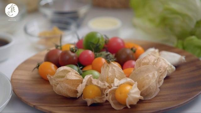 營養師的叮嚀,在食用的時候也要把番茄皮一起吃掉,才能補充到較多的茄紅素!(攝影/C2食光)